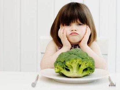 Assim se faz com que uma criança coma brócolis como se fossem batatas