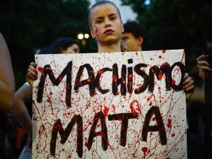 "Grupo ""Mulheres contra Bolsonaro"" no Facebook sofre ataque cibernético"