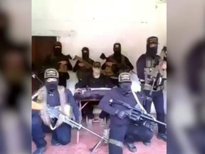 Fragmento do vídeo em que o Cartel de Jalisco ameaça a jornalista Azucena Uresti.