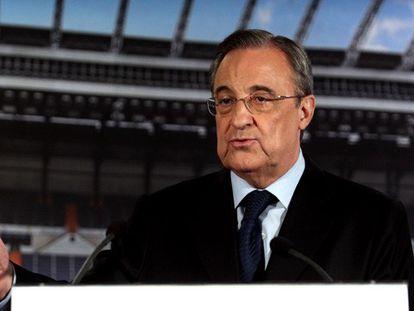 Pérez anuncia a destituição de Ancelotti.