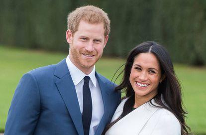 O príncipe Harry e a atriz Meghan Markle durante o anúncio do noivado do casal.
