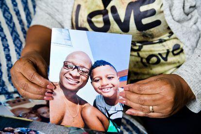 O filho do músico Evaldo Rosa estava dentro do carro quando o pai foi assassinado.