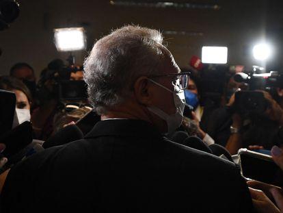 O senador Renan Calheiros durante entrevista coletiva no Senado.
