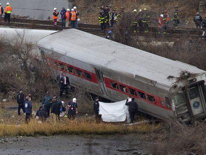 Descarrilamento de trem mata ao menos quatro e fere mais de 60 em Nova York