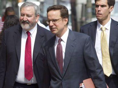 Os advogados da Argentina chegam à Corte.