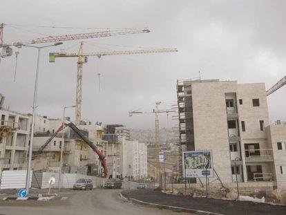 Moradias em construção no assentamento de Har Homa na terça-feira.