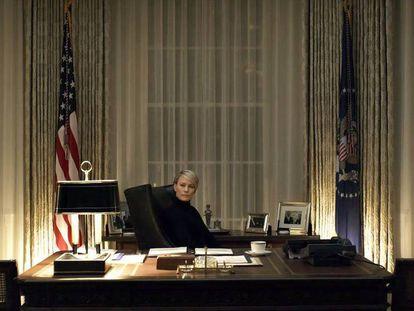 Robin Wright na nova temporada de 'House of cards'. Em vídeo, o trailer da última temporada.