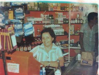 Blanca, quando caixa em um supermercado na Venezuela.