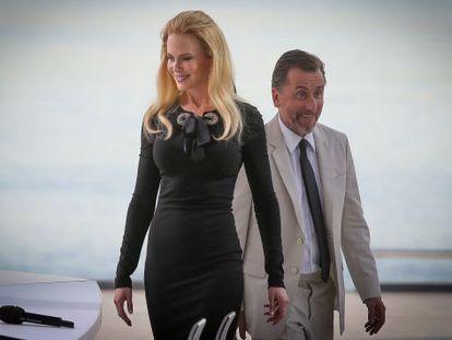 Nicole Kidman e Tim Roth em Cannes.