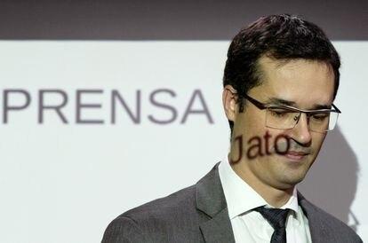 O procurador Deltan Dallagnol participa de uma coletiva de imprensa em março de 2020, em Curitiba.