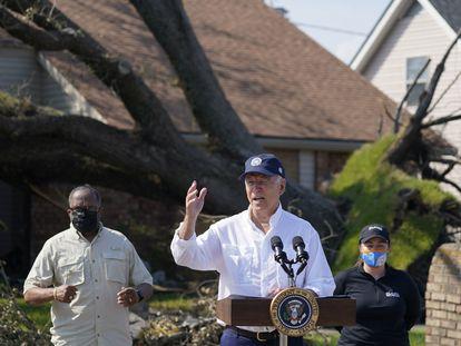 Presidente Joe Biden, nesta sexta-feira durante uma visita a LaPlace (Louisiana) para averiguar os danos do Furacão Ida.