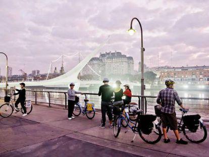 'Tour' ciclístico guiado da empresa Biking Buenos Aires, na capital argentina.