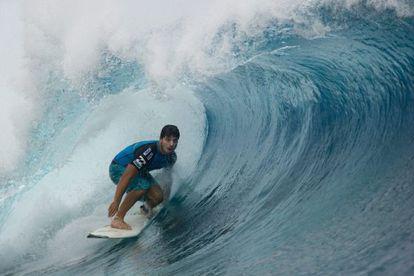O surfista brasileiro Ricardo dos Santos.