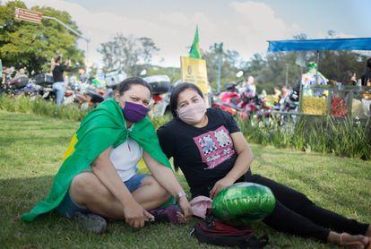 As vendedoras Meire e Paula, que saíram da zona Leste para o ato de Bolsonaro neste sábado