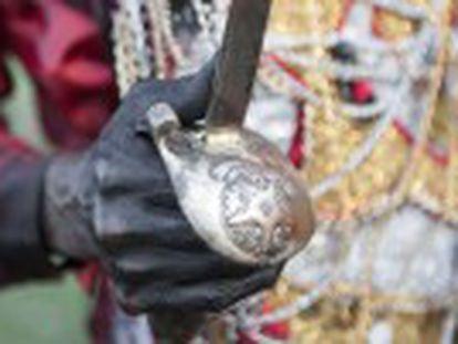 Festa folclórica do Lambe Sujo traz alegoria de luta entre negros e índios enviados pelos brancos para destruir os quilombos