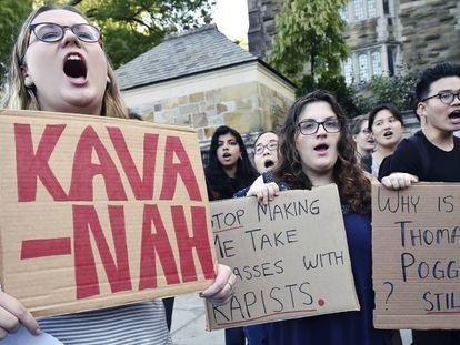 Estudantes protestam no campus da Universidade de Yale