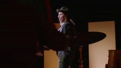 Foto: A cantora Adele. / Vídeo: Os principais nominados aos British Awards.