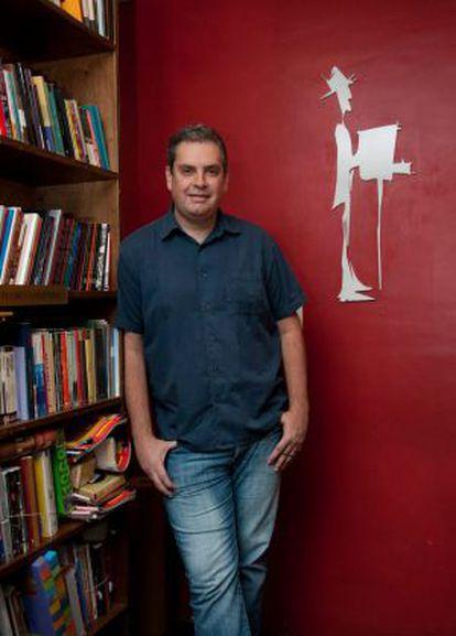 José Luiz Tahan na Realejo Livros.