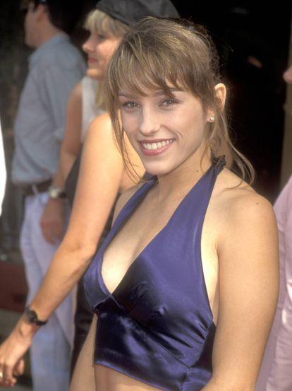 Amy Jo Johnson, que fez 50 anos terça-feira, é a atriz do elenco original com a carreira mais estável na televisão.