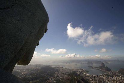 O Governo do Rio promove plano de ajuste para sair do colapso.