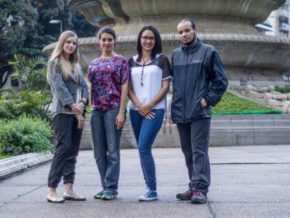 Anna Maier, Gabriela González, Johana Carvalhos e Carlos Julio Vermelhas, em Caracas.