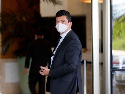O ex-ministro da Justiça Sergio Moro a chegar a um hotel em Brasilia.
