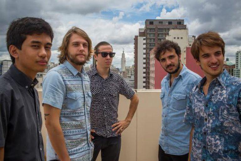 De esquerda à direita: Kim Kataguiri (18), Frederico Rauh (23), Alexandre Santos (26), Gabriel Calamari (20) e Renan Santos (30). Os líderes do Movimento Brasil Livre em São Paulo.