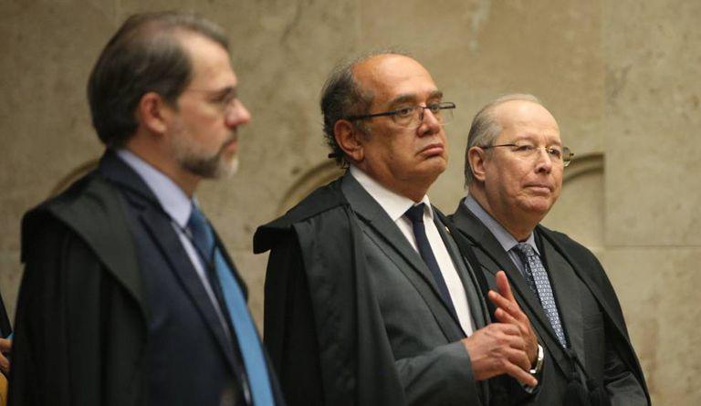 Ministros da Corte.