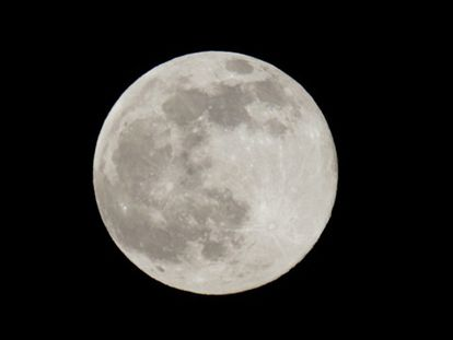 Hoje ocorre a lua azul. Sabe o que é?