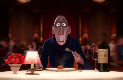 Só com o aroma do 'ratatouille', Anton Ego fica com os olhos arregalados