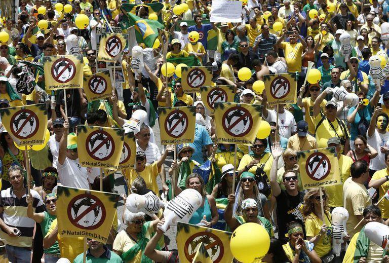 Última manifestação pró-impeachment de 2015.