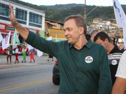 O prefeito de Florianópolis, Gean Loureiro.