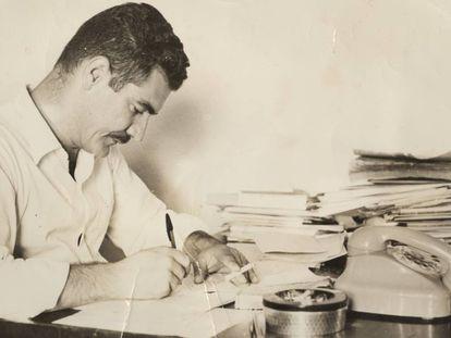 Piroli na Redação do Última Hora, em meados dos anos 1960.