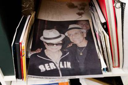 Em 2007, Osvaldinho tocou com Yoko Ono em São Paulo