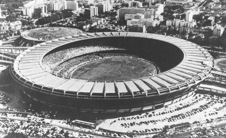 O estádio de Maracanã, em 1950.