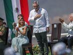 El presidente de Argentina, Alberto Fernández, durante una ceremonia por el Día de la Bandera en Iguala, Guerrero, en México.