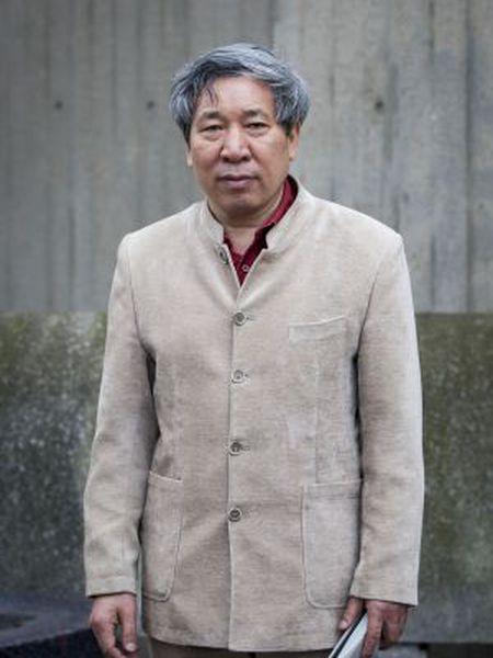 Yan Lianke em Londres em imagem feita em 2013.
