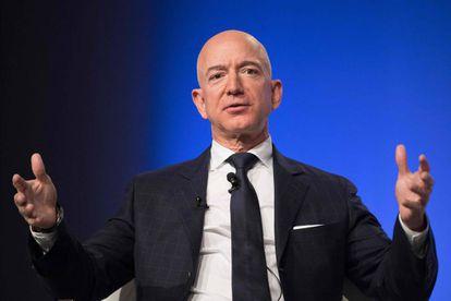 O magnata Jeff Bezos.