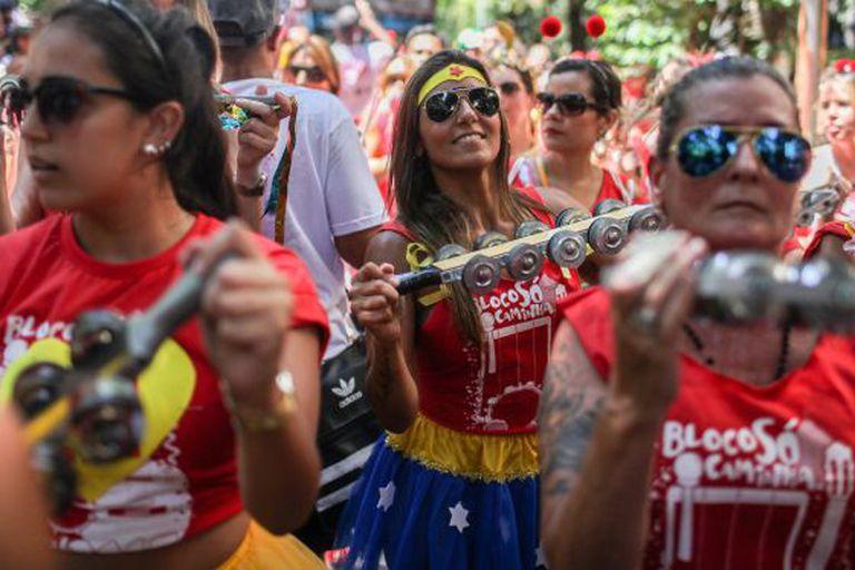 Bloco carnavalesco no Rio.