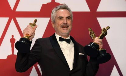 Alfonso Cuarón, com seus três Oscars por 'Roma'