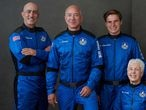 HANDOUT - 19 July 2021, US, Texas: An undated handout photo of Jeff Bezos, along with his Blue Origin crew members. Bezos and three other passengers are set to launch to the edge of space on the morning of 20 of July aboard his company Blue Origin's New Shepard rocket. Photo: -/Blue Origin via ZUMA Press Wire/dpa - ATTENTION: editorial use only and only if the credit mentioned above is referenced in full -/Blue Origin via ZUMA Press Wir / DPA 19/07/2021 ONLY FOR USE IN SPAIN