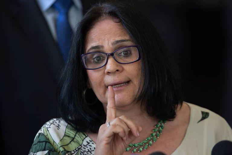 A ministra das Mulheres, Família e Direitos Humanos, Damares Alves, em julho de 2019.