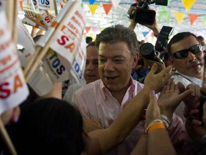 Santos durante um ato de campanha em Cali.