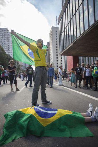 Manifestantes em protesto ocorrido em 2013.