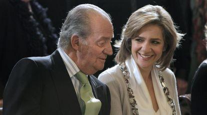A infanta Cristina e o Rey em um concerto do Orfeón Donostiarra em 2010.