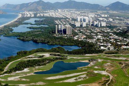 Vista área de Barra dá Tijuca, cenário das próximas Olimpíadas.