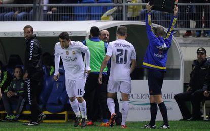 Benítez substitui Cheryshev contra o Cádiz.