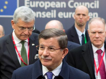 O primeiro-ministro turco, Ahmet Davutoglu.