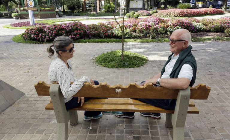 Os aposentados Silva e Vilimar Sabin estão de mudança para Nova Petrópolis para tentar uma vida mais tranquila.