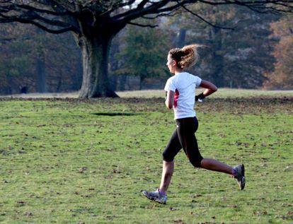 As pessoas que fazem exercício e mantêm um peso adequado vivem até sete anos mais que os sedentários com obesidade, segundo um estudo